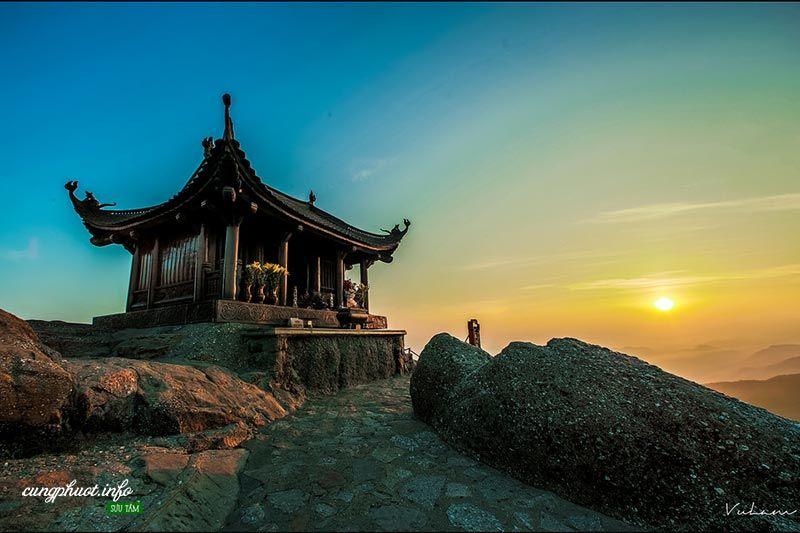 Du Lịch Quảng Ninh 4