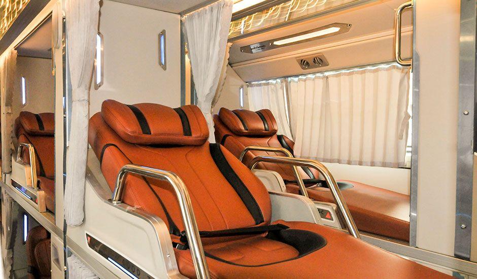 Xe giường nằm limousine Thanh Bình Xanh đi Đà Lạt