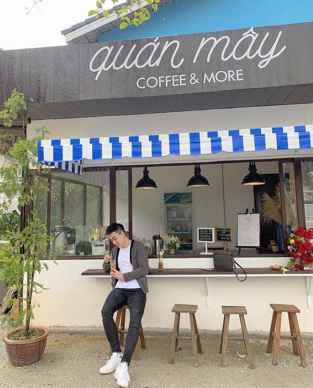 Quán Mây Coffee & More - Quán cà phê phong cách Hàn Quốc ở Đà Lạt 2