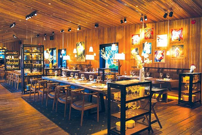 Top 20 nhà hàng có không gian đẹp, nổi tiếng nhất ở TpHCM - 23