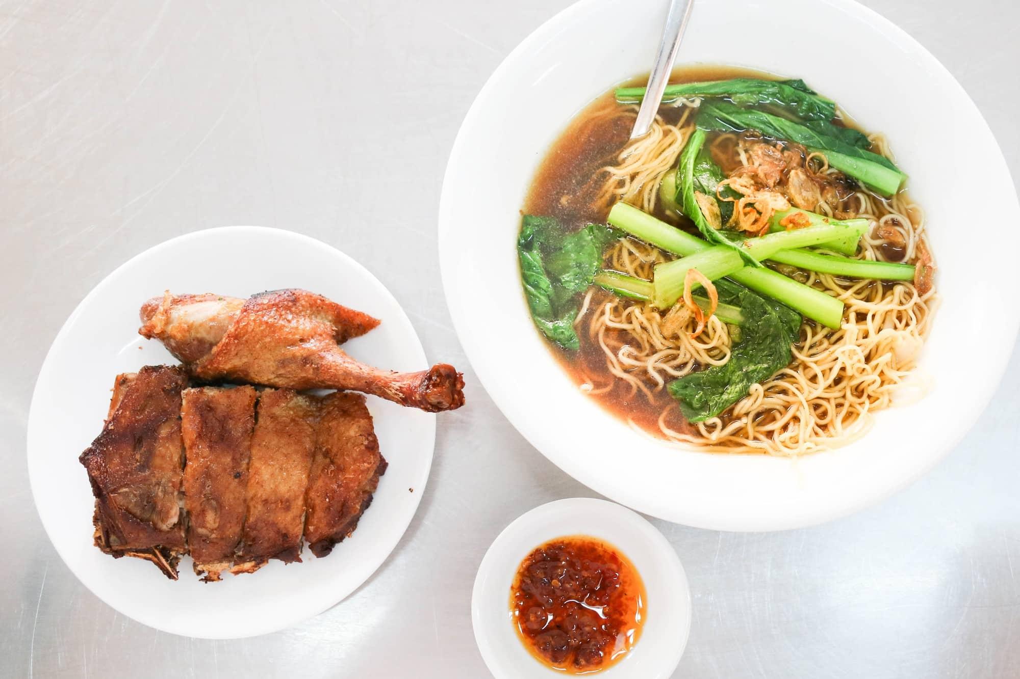 Quán ăn đêm đắt nhất Sài Gòn
