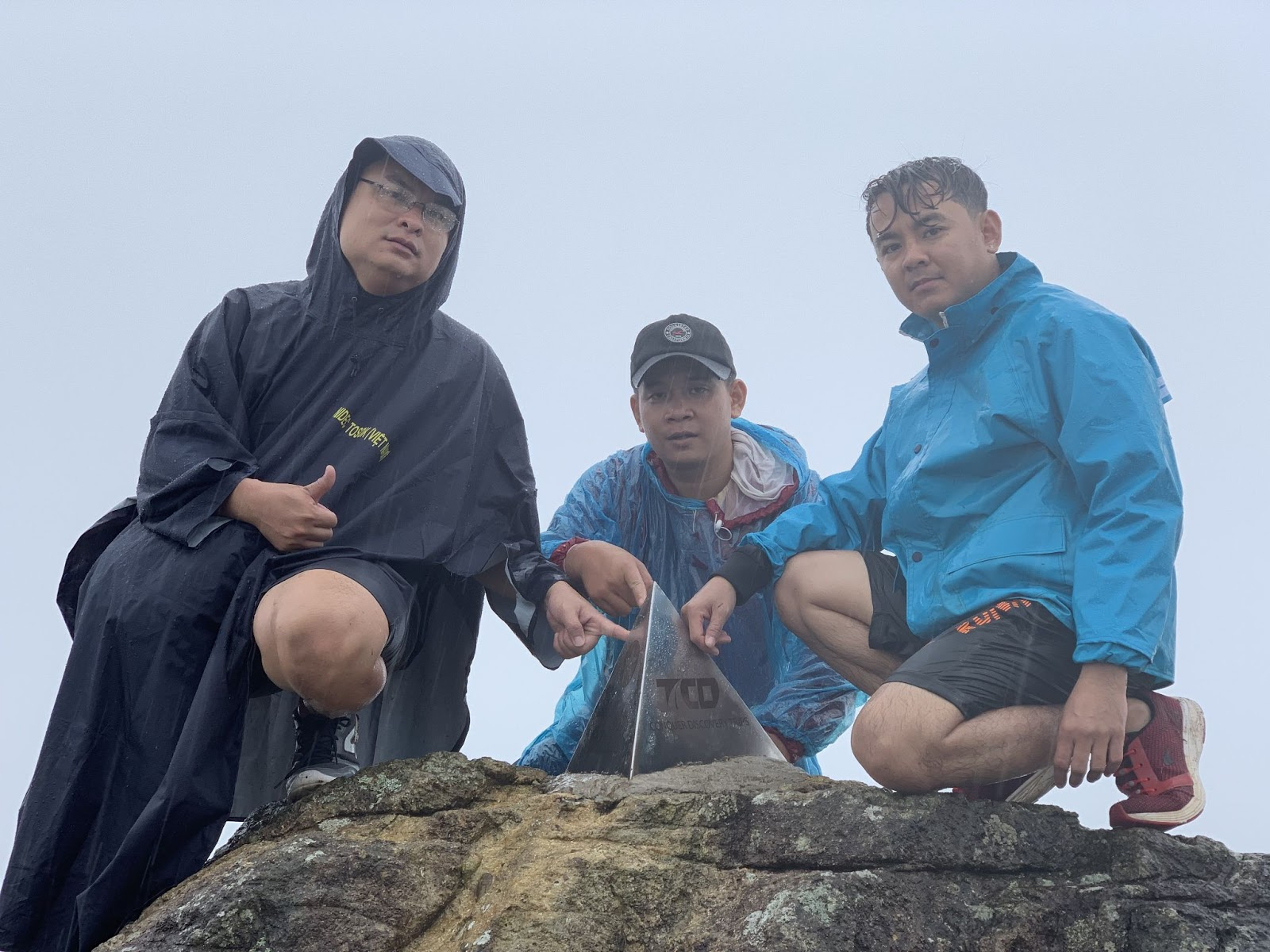Check in cột mốc Tà Năng - Phan Dũng
